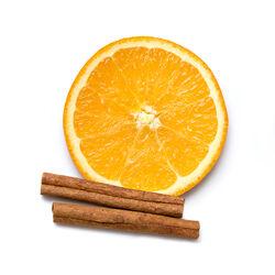 Infusion de bâtonnet de cannelle et d'orange